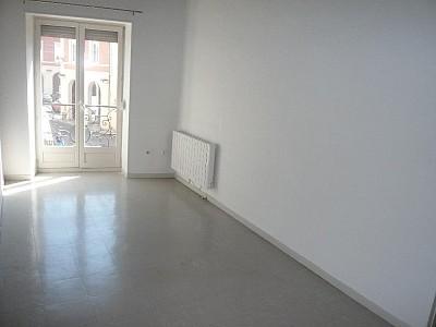APPARTEMENT T2 A LOUER - CHAGNY - 30,62 m2 - 364 € charges comprises par mois
