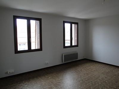 APPARTEMENT T2 A LOUER - BEAUNE - 47 m2 - 559 € charges comprises par mois