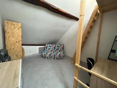 STUDIO A LOUER - DIJON - 15 m2 - 310 € charges comprises par mois