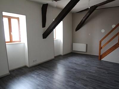 APPARTEMENT T2 A LOUER - CHAGNY - 56,28 m2 - 379 € charges comprises par mois