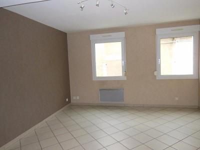 APPARTEMENT T2 A LOUER - AUXONNE - 54 m2 - 490 € charges comprises par mois
