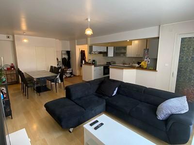 APPARTEMENT T2 A LOUER - PARAY LE MONIAL - 72,68 m2 - 488 € charges comprises par mois