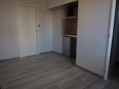 STUDIO A LOUER - CHALON SUR SAONE - 19 m2 - 300 € charges comprises par mois