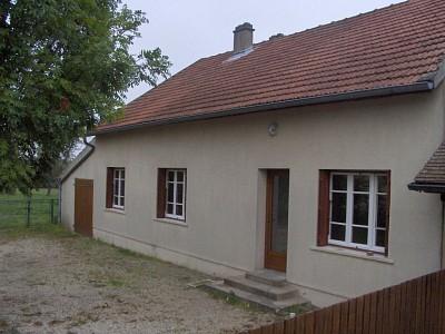 MAISON A LOUER - THUREY - 100 m2 - 610 € charges comprises par mois