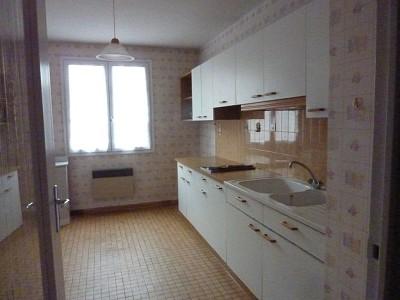 APPARTEMENT T3 A LOUER - AUTUN - 80 m2 - 660 € charges comprises par mois