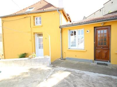 MAISON A LOUER - RULLY - 117,42 m2 - 670 € charges comprises par mois