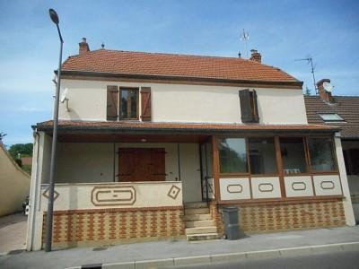 MAISON MITOYENNE A LOUER - BRANGES - 78 m2 - 450 € charges comprises par mois