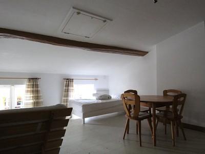 STUDIO A LOUER - LOUHANS - 25 m2 - 300 € charges comprises par mois