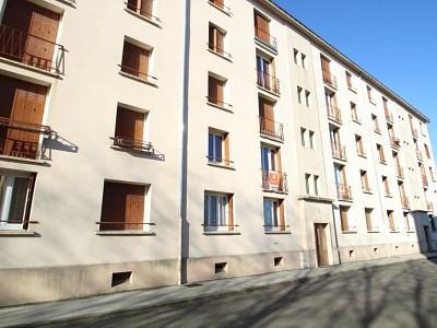 APPARTEMENT T3 A LOUER - DIGOIN - 55 m2 - 330 € charges comprises par mois