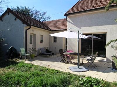 MAISON A LOUER - BEAUNE - 105 m2 - 990 € charges comprises par mois