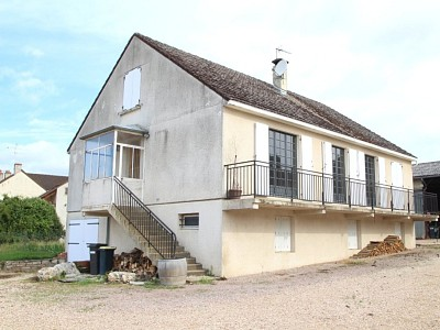 MAISON A VENDRE - FONTAINES - 117 m2 - 149000 €
