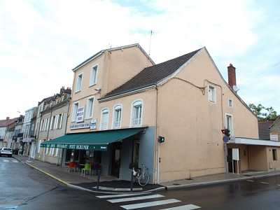 LOCAL COMMERCIAL A VENDRE - PARAY LE MONIAL - 825 000 €