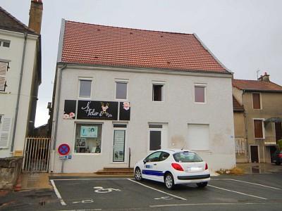 IMMEUBLE A VENDRE - ST EUSEBE - 196,85 m2 - 199000 €
