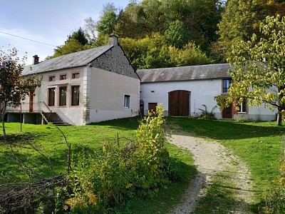 PROPRIETE A VENDRE - ALLIGNY EN MORVAN - 184,8 m2 - 149000 €