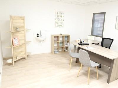 BUREAU A LOUER - CHAGNY - 27 m2 - 450 € HC par mois
