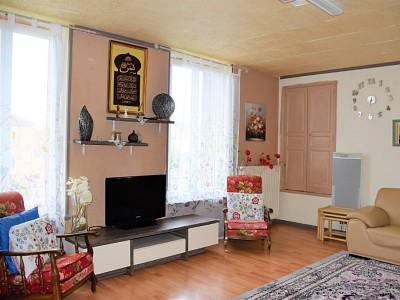 APPARTEMENT T5 A VENDRE - GUEUGNON - 135 m2 - 77000 €