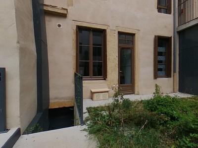 FONDS DE COMMERCE A CEDER - BEAUTE - ESTHETIQUE - COIFFURE - PARAY LE MONIAL - 80,2 m2 - 39900 €
