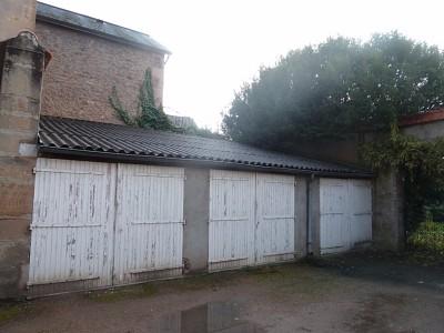 GARAGE A LOUER - AUTUN quartier gare - 55 € charges comprises par mois