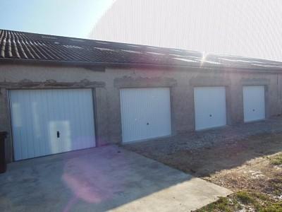 GARAGE A LOUER - AUXONNE - 85 € charges comprises par mois