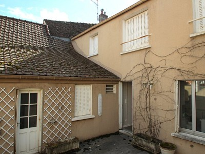 IMMEUBLE A VENDRE - CHAGNY - 307 m2 - 296 000 €