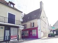 IMMEUBLE A VENDRE - LE DONJON - 243,76 m2 - 77000 €