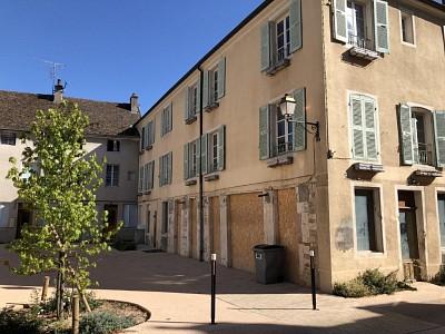 IMMEUBLE DE RAPPORT A VENDRE - GIVRY - 520 m2 - 680000 €