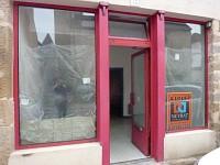 LOCAL COMMERCIAL A LOUER - AUTUN - 30 m2 - 340 € HC par mois