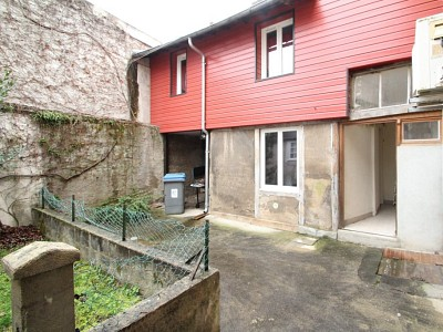LOCAL COMMERCIAL A VENDRE - AUTUN - 69,3 m2 - 39900 €