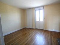 MAISON A LOUER - PARAY LE MONIAL - 65,97 m2 - 467,81 € charges comprises par mois
