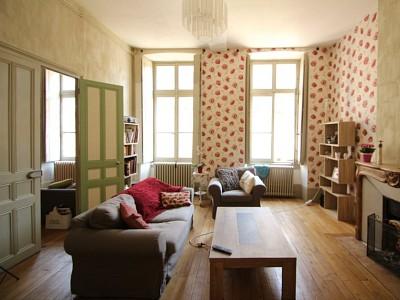 MAISON A VENDRE - AUTUN - 158 m2 - 119900 €