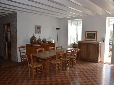 MAISON A VENDRE - BISSEY SOUS CRUCHAUD - 157 m2 - 249000 €