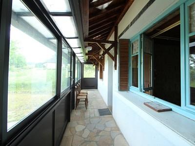 MAISON A VENDRE - CHARBONNAT - 113 m2 - 89000 €