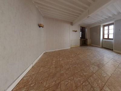 MAISON A VENDRE - CHAROLLES - 139,06 m2 - 71000 €