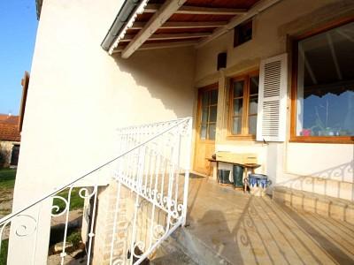 MAISON A VENDRE - GENOUILLY - 202 m2 - 239000 €