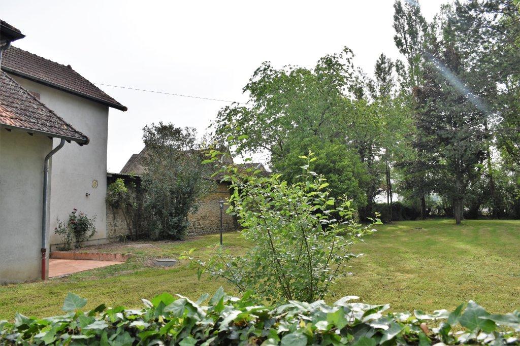 ENSEMBLE IMMOBILIER A VENDRE - HAUTEFOND - 373,78 m2 - 213000 €