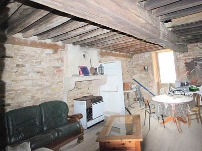 MAISON A VENDRE - JUGY - 66 m2 - 66000 €