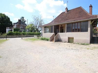 MAISON A VENDRE - LOUHANS - 80 m2 - 79000 €
