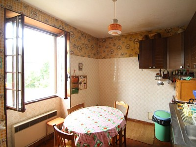 MAISON A VENDRE - LUCENAY L EVEQUE - 107 m2 - 69000 €