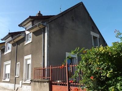 MAISON - LUX - 150 m2 - 205000 €