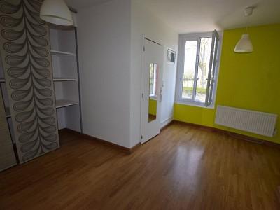 MAISON A VENDRE - MELLECEY - 48 m2 - 81000 €