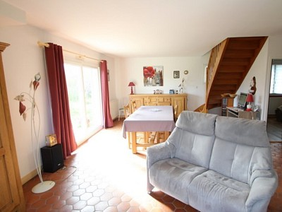 MAISON A VENDRE - MEURSAULT - 95 m2 - 210000 €