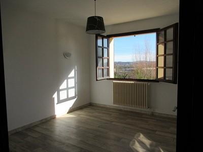 MAISON A VENDRE - MONTCEAU LES MINES - 173 m2 - 190000 €