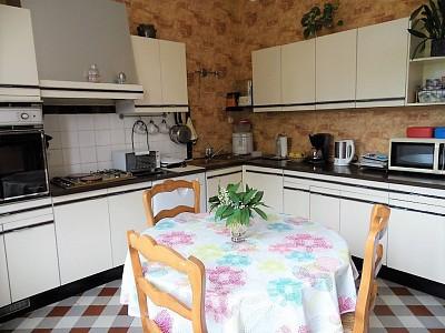 MAISON A VENDRE - PARAY LE MONIAL - 191,7 m2 - 185000 €