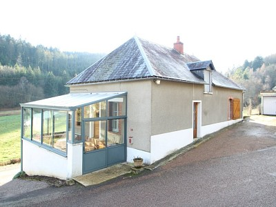 MAISON A VENDRE - ROUSSILLON EN MORVAN - 108 m2 - 66000 €