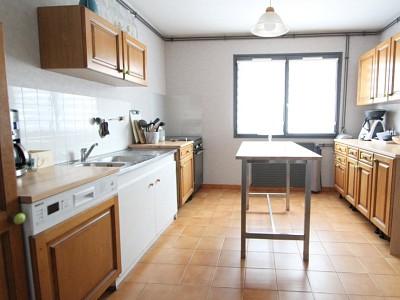 MAISON A VENDRE - ST REMY - 121 m2 - 144000 €