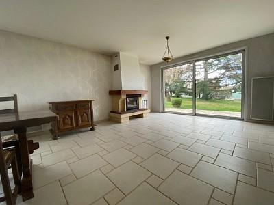 MAISON A VENDRE - ST YAN - 163,98 m2 - 221000 €