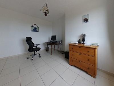 PROPRIETE A VENDRE - GUEUGNON - 203,03 m2 - 400000 €