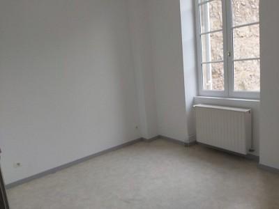 APPARTEMENT T1 A LOUER - AUTUN CENTRE VILLE - 35 m2 - 330 € charges comprises par mois