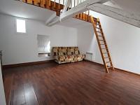 STUDIO A LOUER - CHALON SUR SAONE CENTRE VILLE - 28,27 m2 - 260 € charges comprises par mois