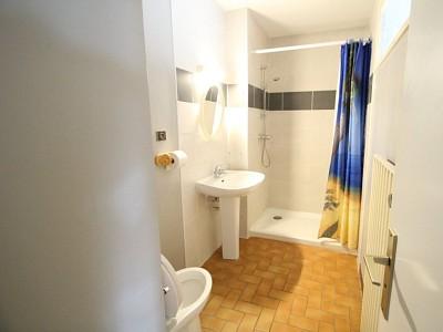 APPARTEMENT T1 A LOUER - PARAY LE MONIAL - 35 m2 - 370 € charges comprises par mois